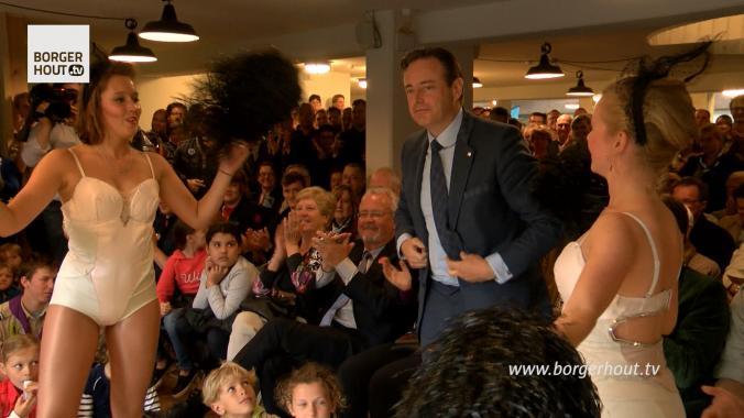 Bart De Wever opent scoutshuis in Borgerhout